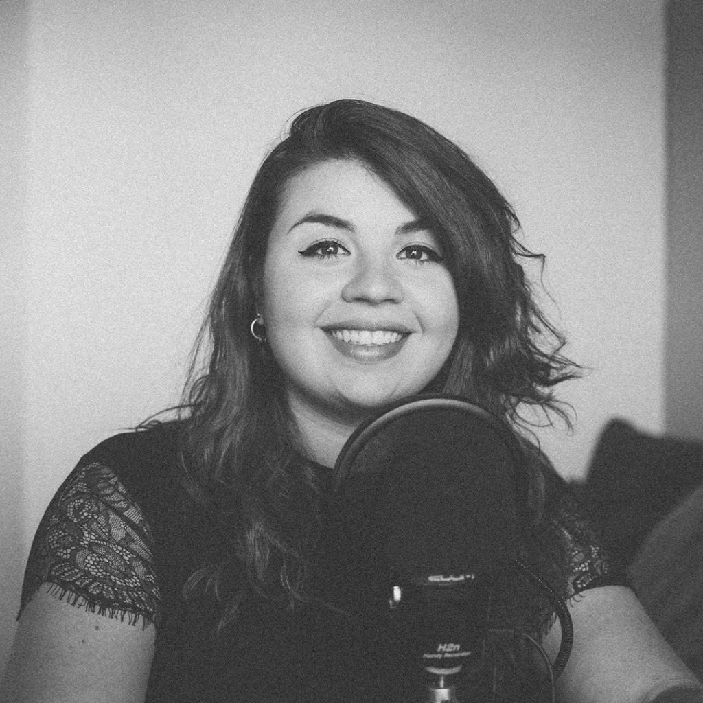 Podcasting Justine Arma